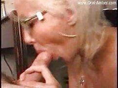 悪い女の子は膣の水分を舐めます アダルト 女性 専用