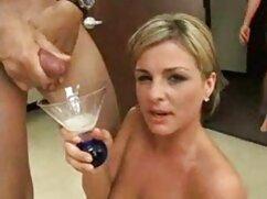 ジューシーな雌犬まで彼女取得精液で彼女の口 女性 専用 アダルト