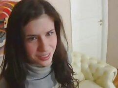 ロシアのケーブル噴霧彼女の顔の後にblowjob 女子 専用 アダルト