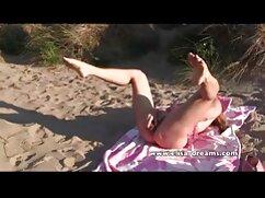 ポルノスター女の子は穴で遊ぶ準備ができている 女の子 専用 エロ