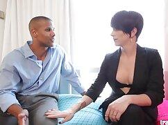 男は彼のベッドを置いて、彼を一緒に刺した。 女性 専用 アダルト ビデオ