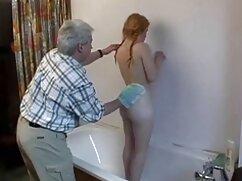 ロシアの女の子すべての穴は大きな巨根 アダルト ビデオ 女性 専用